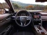 W poszukiwaniu recepty na idealnego hatchbacka - test wideo nowej Hondy Civic