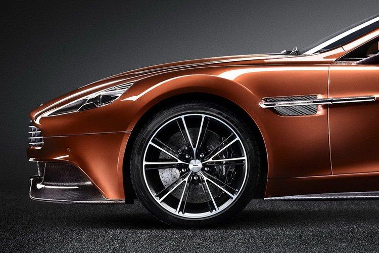 Aston Martin Vanquish E Dde E