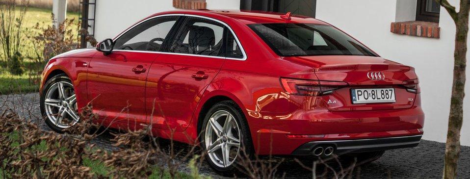 Audi A4 B9 na pierwszy rzut oka niewiele różni się od starszego B8.