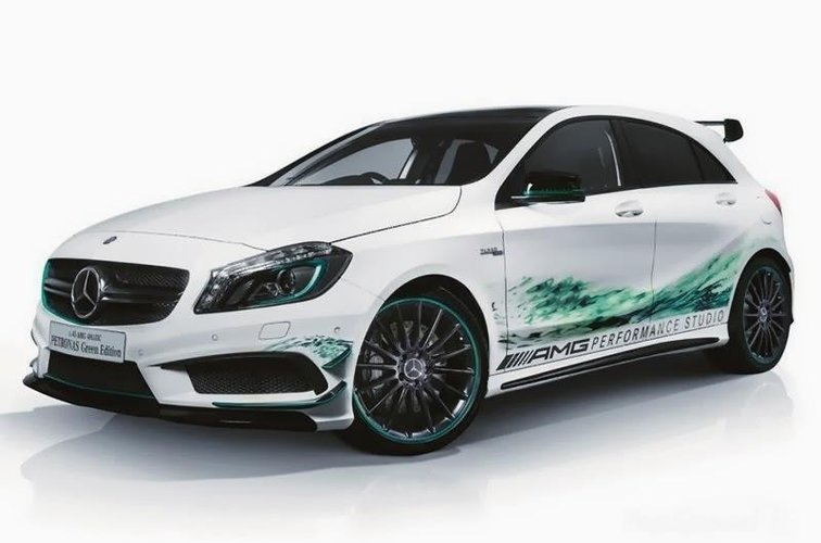 mercedes benz a45 amg petronas green edition wideo. Black Bedroom Furniture Sets. Home Design Ideas
