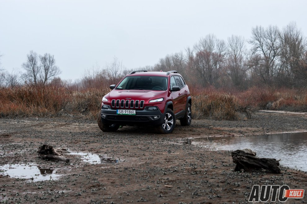http://m.autokult.pl/nowy-jeep-cherokee-3-2-v-fb84b49,989,0,0,0.jpg
