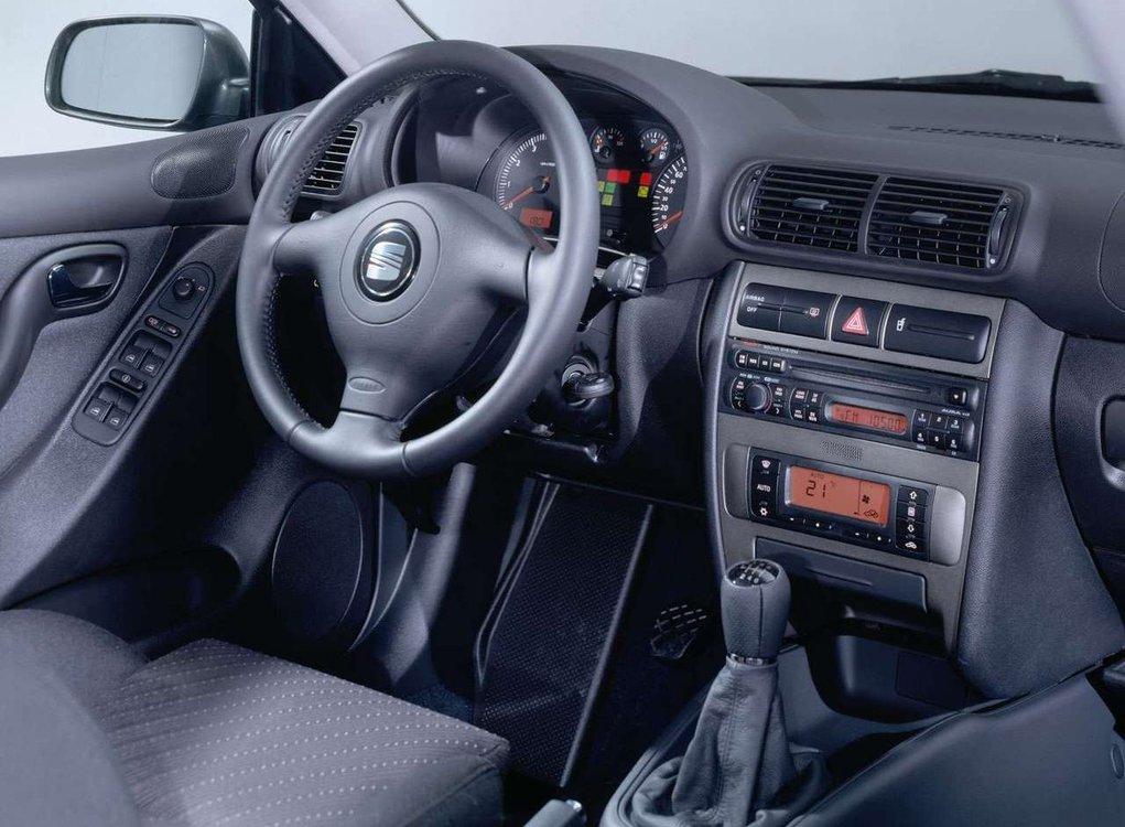 http://m.autokult.pl/seat-toledo-ii-wn-c4-99t-6a6adbe,0,750,0,0.jpg