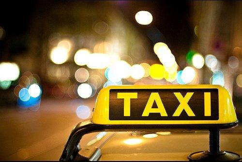 http://m.autokult.pl/taxi-7778bcc6eab3930a62d8b71baea,630,0,0,0.jpg