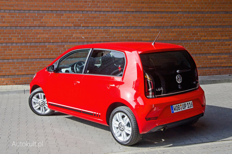 nowy volkswagen up 1 0 tsi 2017 test opinia dane. Black Bedroom Furniture Sets. Home Design Ideas