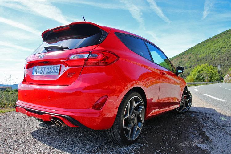 Focus St Vs Gti >> Ford Fiesta ST (2018) 1.5 200 KM - test, opinia, osiągi, cena   Autokult.pl