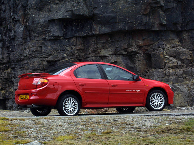 Chrysler Neon - dane techniczne, opinie, ceny   Autokult.pl on harley-davidson neon, dodge neon, fresh air door 2002 neon, exotic cars neon, nissan neon, venom gt neon, mustang neon, plymouth neon,