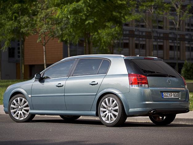Topnotch Opel Signum - dane techniczne, opinie, ceny | Autokult.pl CL96
