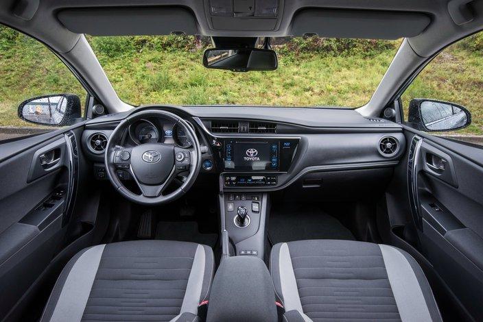 Toyota Auris Dane Techniczne Opinie Ceny Autokult Pl