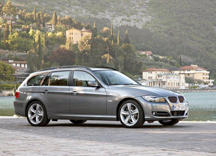 320I Vs 328I >> BMW Serii 3 E90/E91/E92/E93 [awarie i problemy] | Autokult.pl