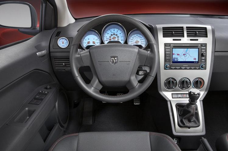 Dodge Caliber Umarł śmiercią Naturalną Autokult Pl