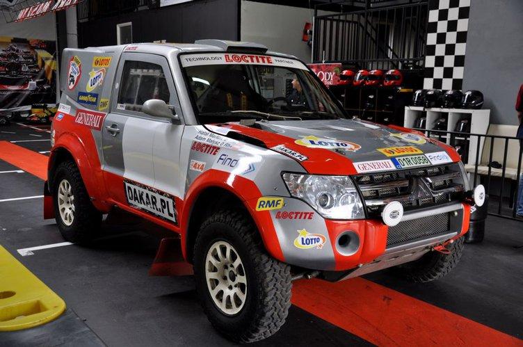 Adam Małysz Zmienia Samoch 243 D Na Rajd Dakar 2012 Autokult Pl