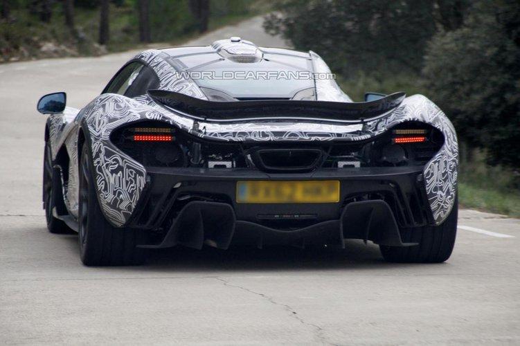 McLaren P1 - nowe zdjęcia szpiegowskie | Autokult.pl