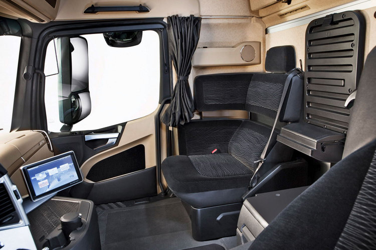 mercedes benz actros mp4 transporters waga ci ka. Black Bedroom Furniture Sets. Home Design Ideas