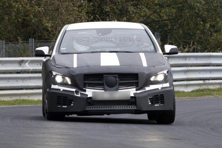 Mercedes benz cla45 amg wyszpiegowany na n rburgring for Mercedes benz cla 500