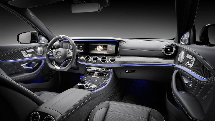 nowy mercedes amg e63 2017 premiera. Black Bedroom Furniture Sets. Home Design Ideas