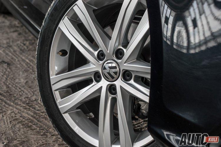 Volkswagen Jetta 2.0 TDI BlueMotion Highline - test, opinia, spalanie, cena | Autokult.pl