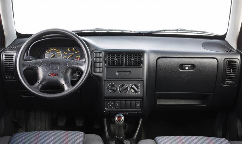 Seat ibiza ii c rdoba i awarie i problemy for Seat cordoba interior