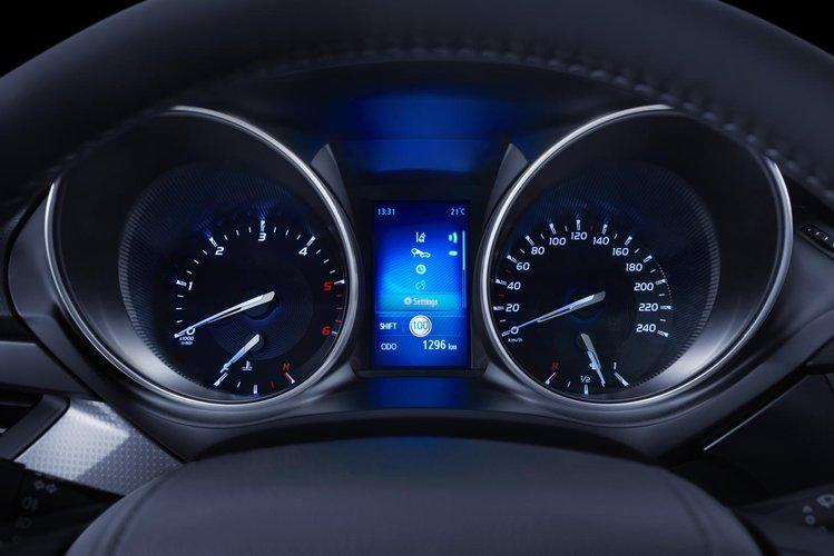 Nowa Toyota Avensis Z Efektywnymi Napędami Autokult Pl