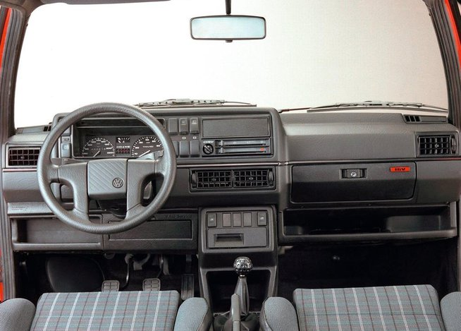 Volkswagen golf ii awarie i problemy for Interieur golf 2