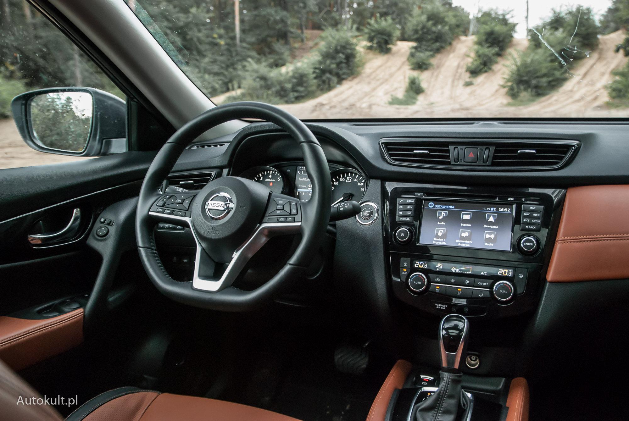 Nissan X-Trail - wnętrze